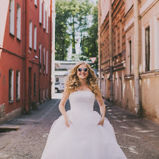 Wedding photographer Liza Medvedeva (Lizamedvedeva). Photo of 03.03.2015