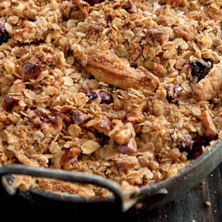 Apple and Cranberry Crisp.