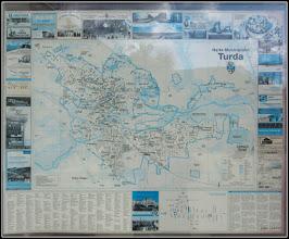 Photo: Din vitrina Centrului Turistic Turda - Harta Orasului Turda - 2017.08.29