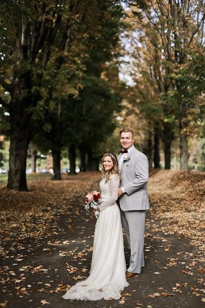 Wedding photographer Tatyana Katkova (TanushaKatkova). Photo of 25.10.2017