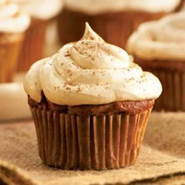 Apple Cupcakes With Cinnamon-marshmallow Frosting Recipe