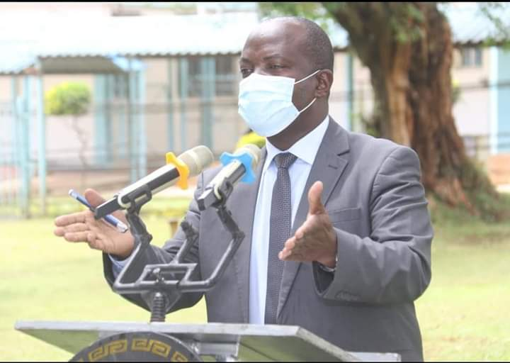 Kakamega County Health Executive Dr Collins Matemba addressing the media at the county general hospital in September 2020/IMAGE/HILTON OTENYO