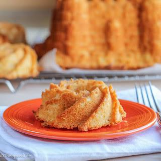 Cold Oven Cream Cheese Pound Cake