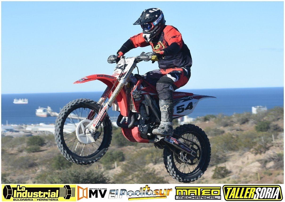 El Pato Beraza llega en la cima de las posiciones de MX 1