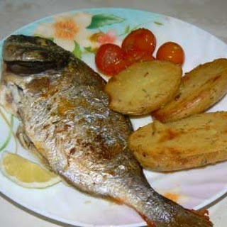 Baked Sea Bream with Roasted Potatoes