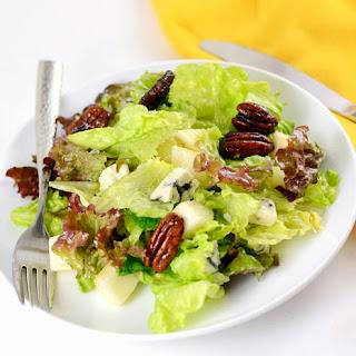 Pear Gorgonzola Salad With Caramelized Pecans.