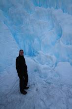Photo: Prakiurus vamzdžiui aukštai kalnuose susidarė tokie ledo rūmai.  After one of the pipes high in the mountains bursted it created such an ice palace.