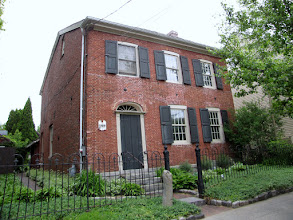 Photo: Old house (1810) in Sackets Harbor