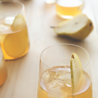 PUMPKIN PIE BOURBON AND PEAR COCKTAIL