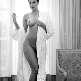Goddess by ObjeKtiva Artphoto - Nudes & Boudoir Artistic Nude ( glamour, boudoir photography, sexy, nude, boudoir, nudeart, artnude, feminine, beauty, seminude, goddess, sensual, black&white )