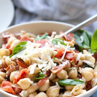 Simple Italian Pasta Salad