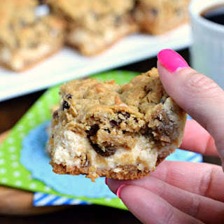 Oatmeal Raisin Cookie Cheesecake Bars