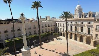 La Plaza Vieja acoge el acto en defensa de la Constitución.