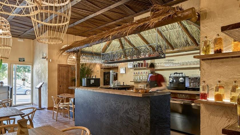 Restaurante Quipu con Dekton Embers. Adam García