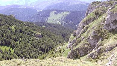 Photo: Ki,-illetve lelátás a Csalho-platóról déli irányba,a Békás-szoros felé