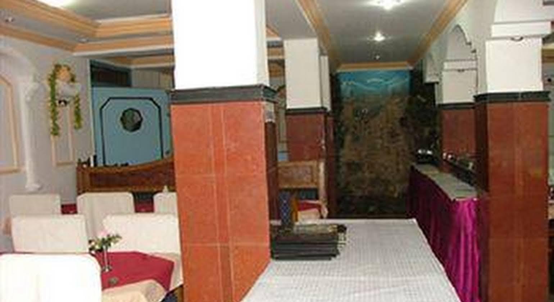 Hotel Tathagat International