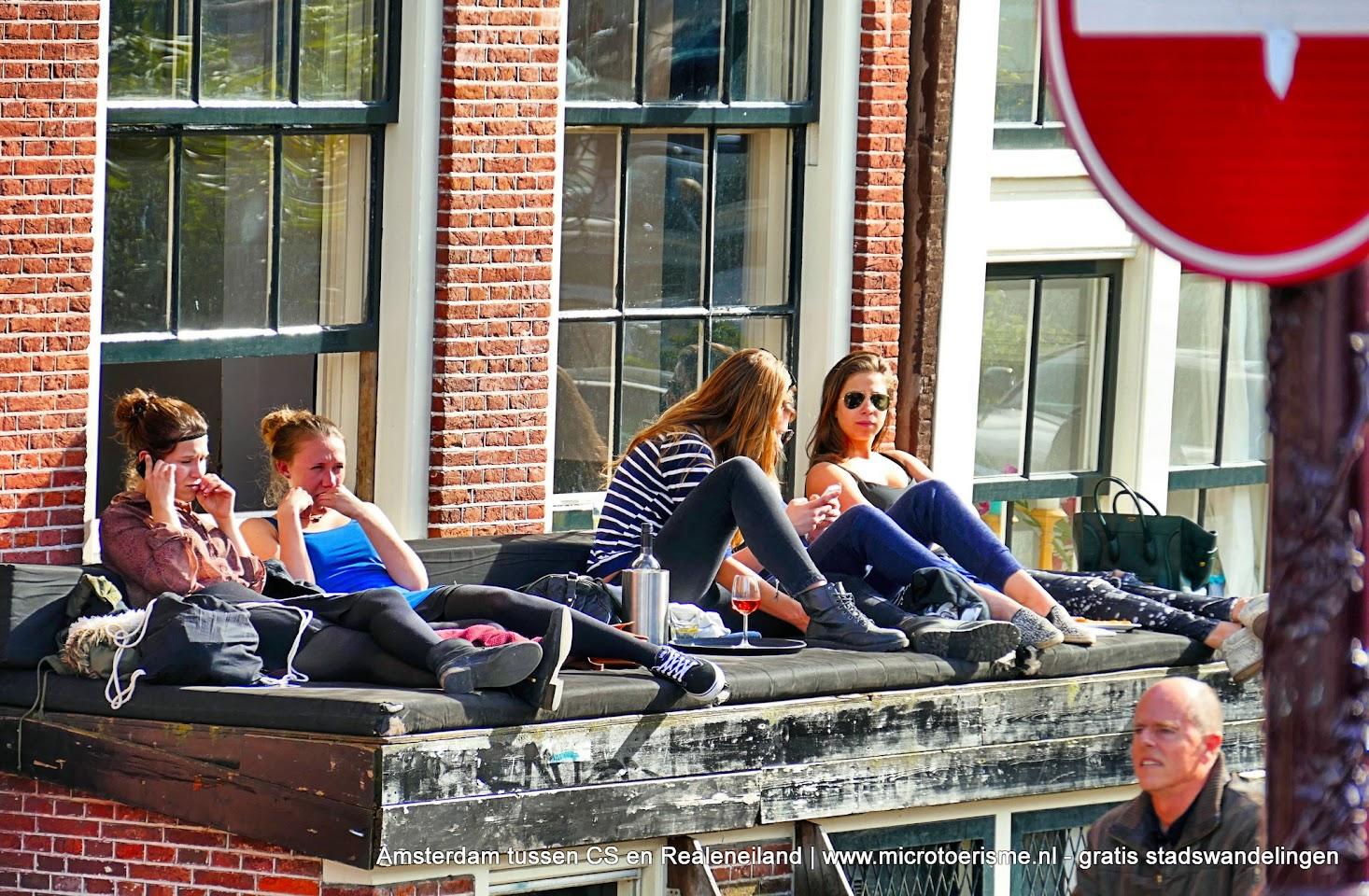 Aangeboden door: Stichting Microtoerisme InZicht Fotoblog Amsterdam gracht zonnen