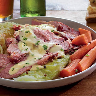 Sliced Corned Beef with Creamed Cabbage Sauce Recipe