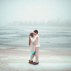 Wedding photographer Oksana Novosadova (Oks-FOX). Photo of 15.04.2014