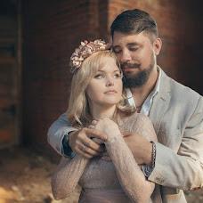 Wedding photographer Elena Korlunova (amaflos). Photo of 03.10.2014