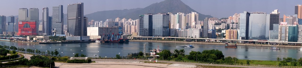 Victoria Harbour in the daytime