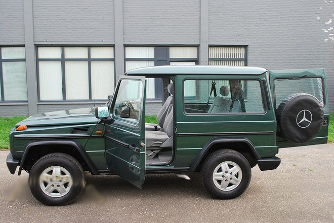 1990 Mercedes 300GD G Wagon Hire CA