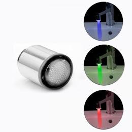 Cap de robinet cu 7 led multicolor