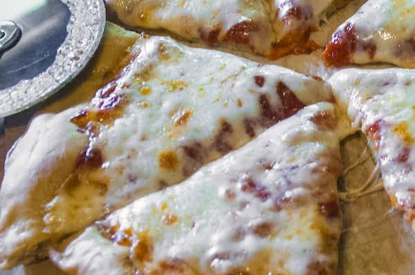 Italian Essentials: Awesome Pizza Sauce Recipe
