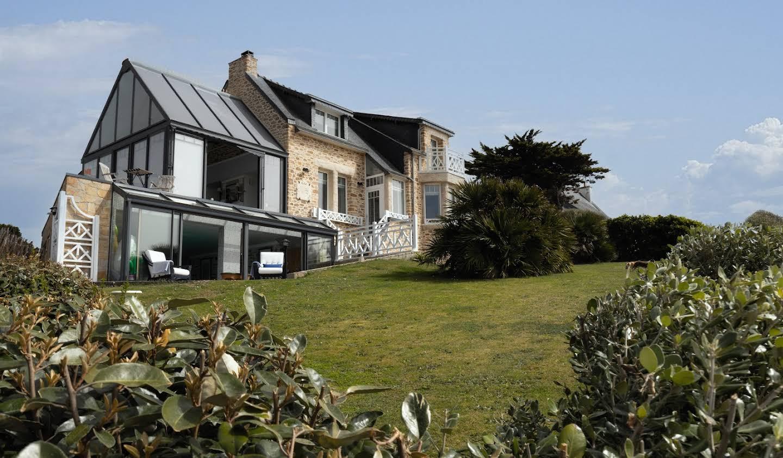 Villa avec piscine en bord de mer Clohars-carnoet