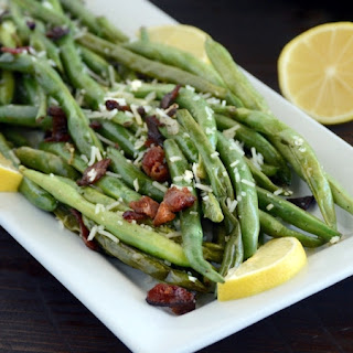 Easy Sauteed Green Beans with Bacon.