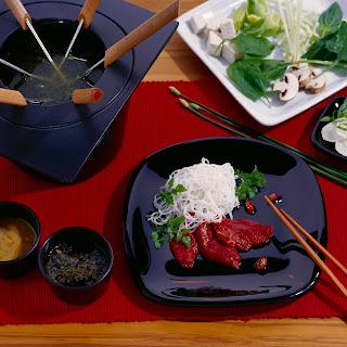 Japanisches Rindfleisch und Gemüse (Shabu Shabu)