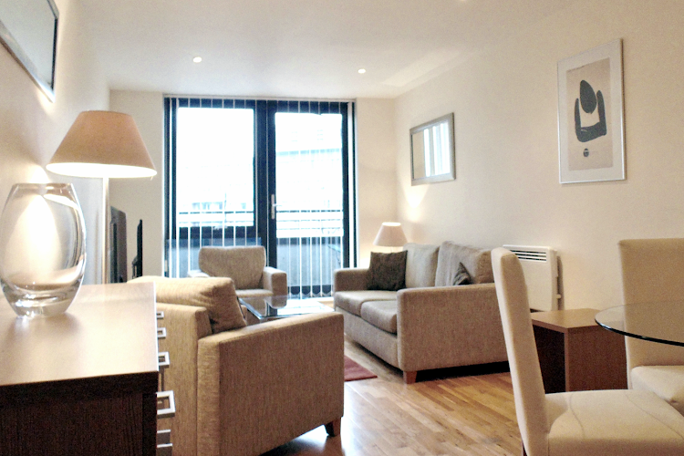 Living room at Southwark Executive