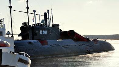 """Photo: Dawny radziecki okręt podwodny typu B-124 (""""Juliet"""") z wyrzutniami rakiet"""