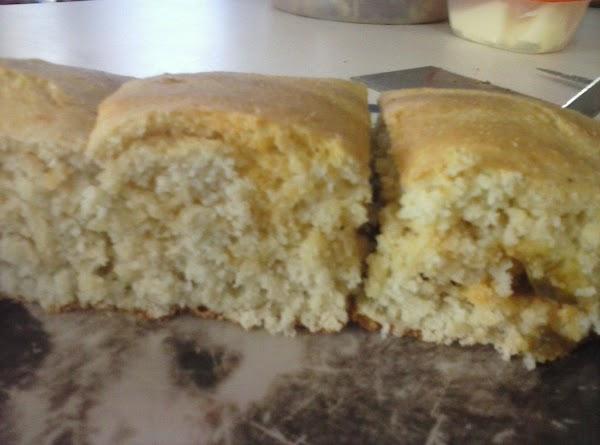Easy Sugarless White Corn Bread Recipe