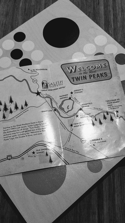 Nodoguro Twin Peaks Dinner 2 place settings