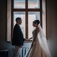 Wedding photographer Elena Lazhnevskaya (lenakalazhnevsk). Photo of 23.10.2015