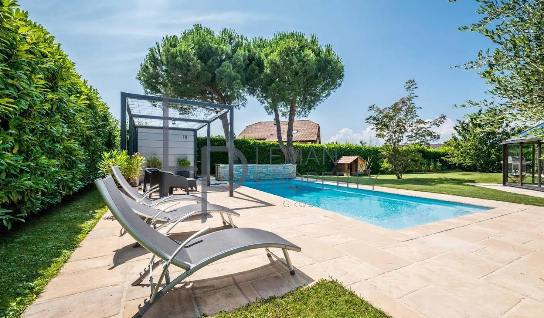 Villa Thonon-les-Bains