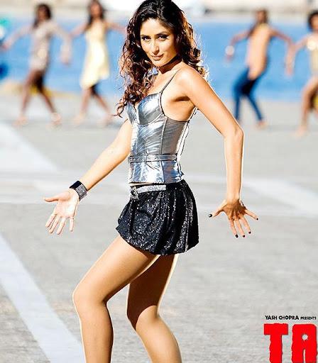 Desi-XXX: Kareena Exposing In Tashan