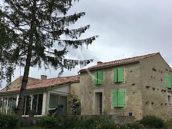 maison à Oulmes (85)