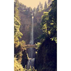 Multnomah falls, Oregon by Bronagh Marnie - Instagram & Mobile iPhone