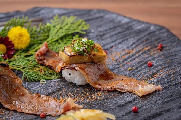 日月湖日本料理