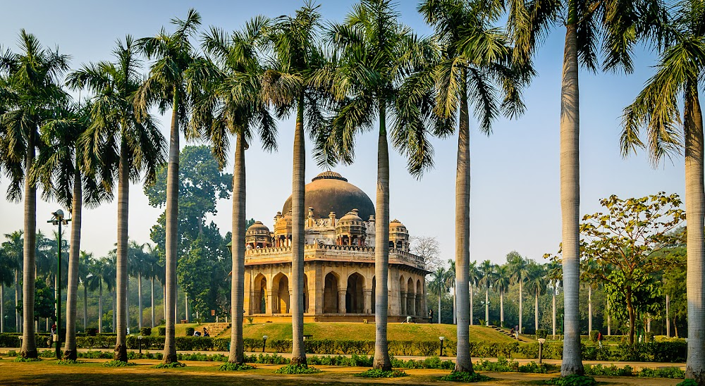best-places-go-solo-date-valentines-day_lodhi_gardens