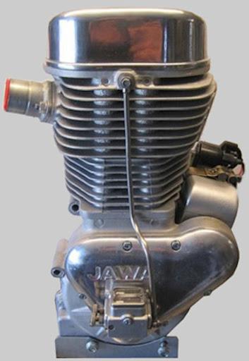 la-photo-du-moteurs-jawa-890-presente-par-machines-et-moteurs