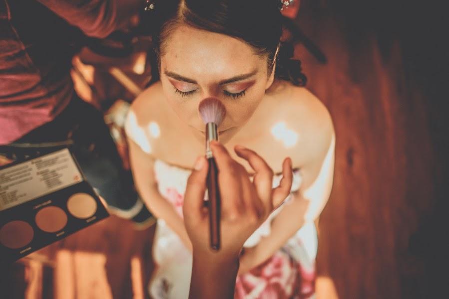 Wedding photographer Valery Garnica (focusmilebodas2). Photo of 13.09.2017