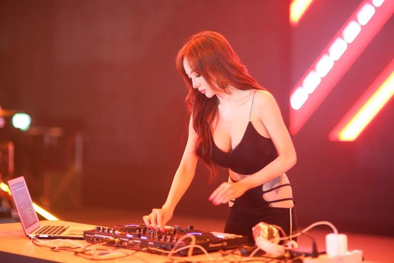 EXTREME GAMES 2019 DJ RKY