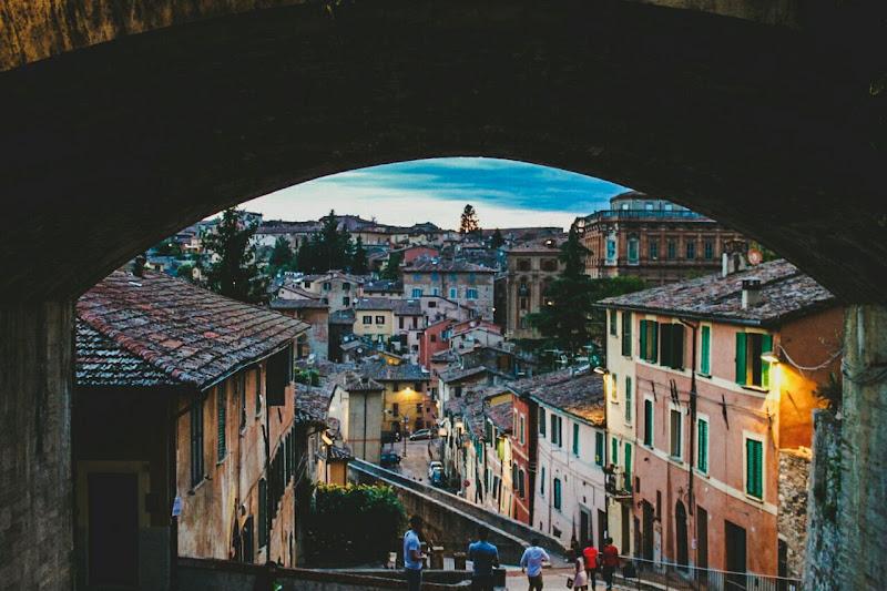 Perugia incorniciata. di Lincefantasiosa