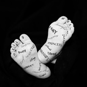 Hello World by Amber Welch - Typography Words ( inspiration, infant, children, feet, baby, black and white, b&w, child, portrait )
