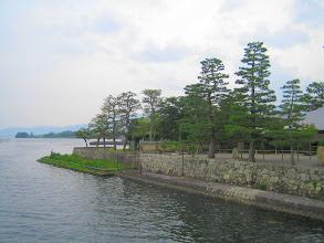 Photo: 浮御堂より 南面の岸辺を見やって by FM