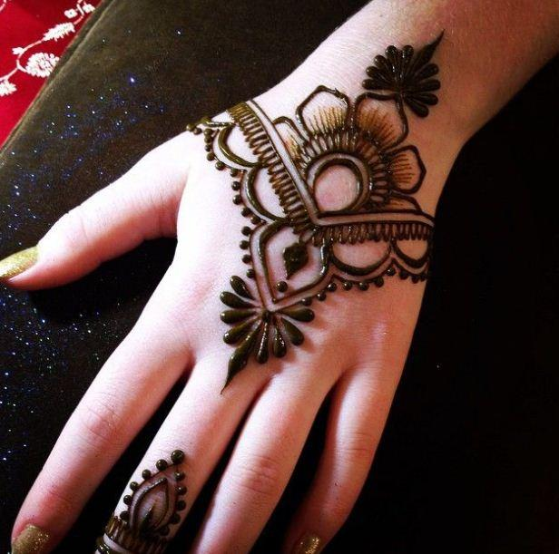 New Simple Mehndi Design - Android Apps on Google Play