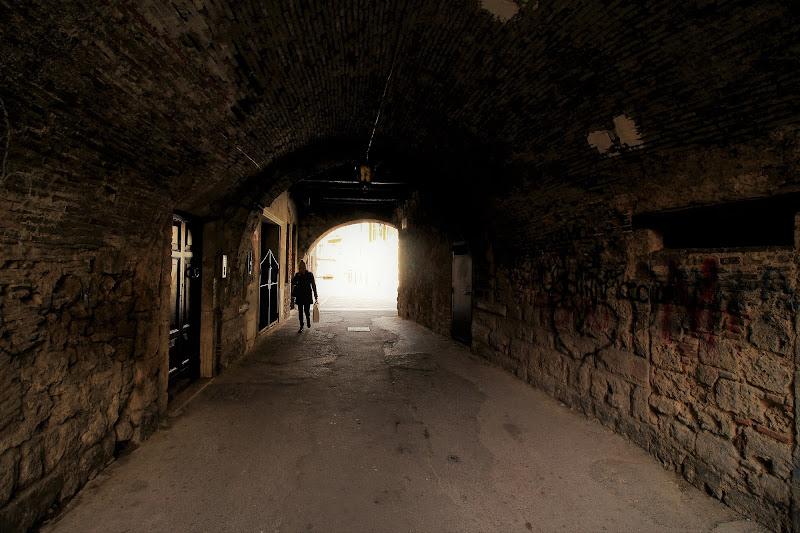 Dalla luce al buio di dino pas